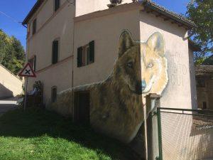 braccano murales lupo