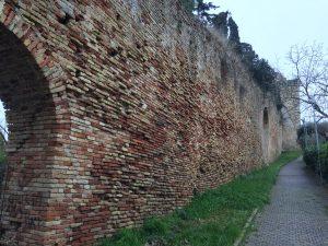 mura di castel san giorgio verso monte cacciù
