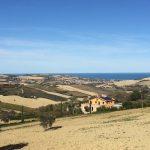 La valle dell'Ete Vivo: il mare e la campagna
